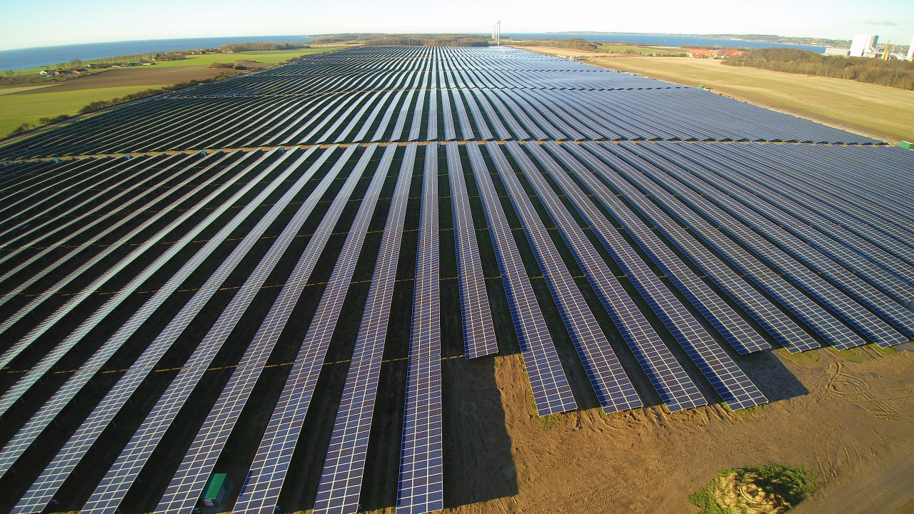 tyske wirsol gmbh sikrer finansiering af deres 61 mw lerchenborg solcellepark klimaenergi. Black Bedroom Furniture Sets. Home Design Ideas