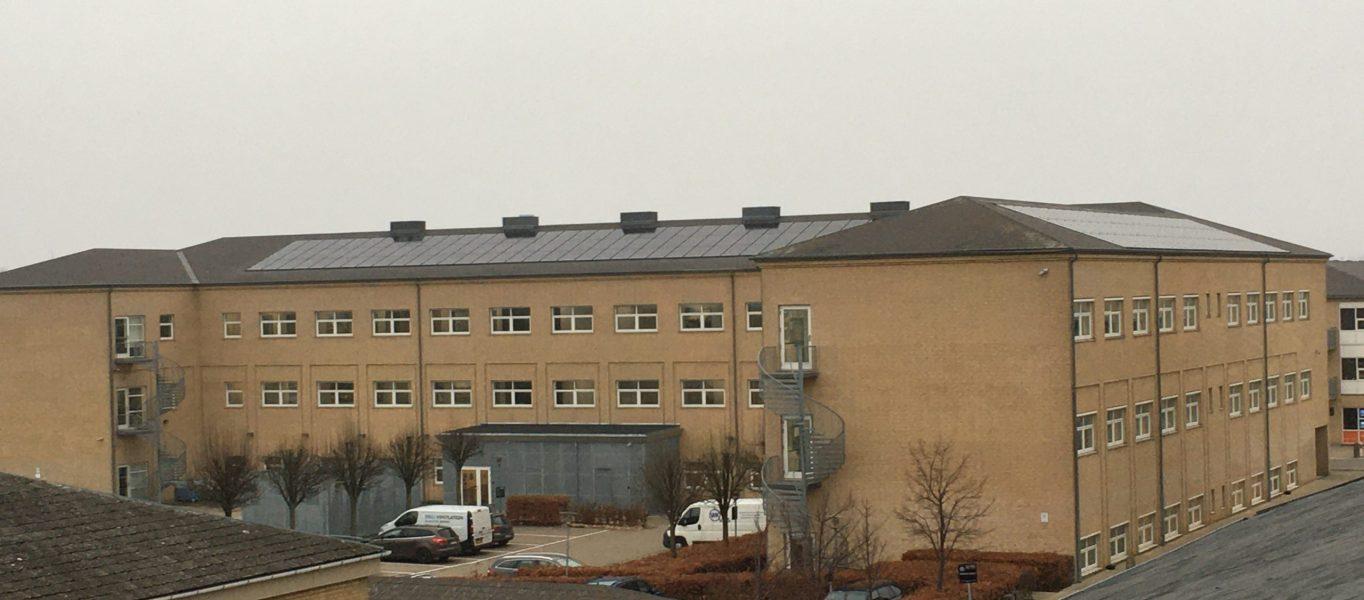 Integreret solcelleanlæg